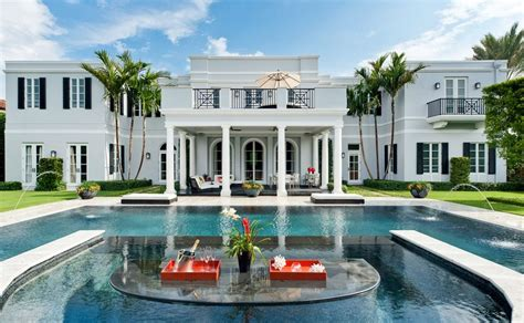palm beach home builders palm beach real estate sizzles palm beach hedge fund