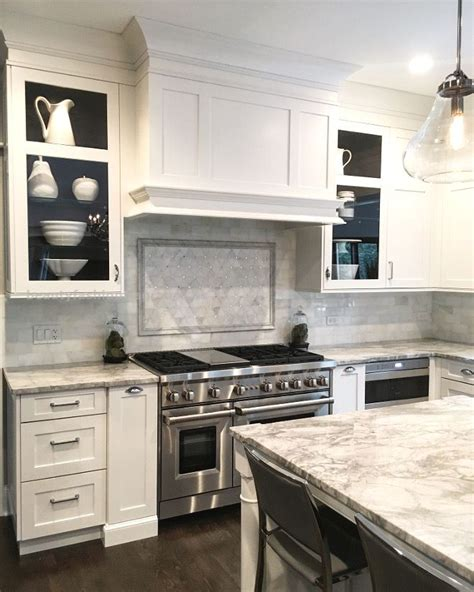 kitchen shaker cabinets best 25 shaker style kitchens ideas on
