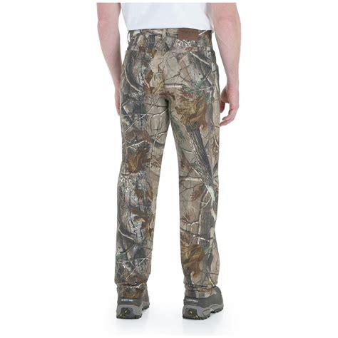 men s wrangler 174 progear 174 camo jeans realtree ap 174 299513