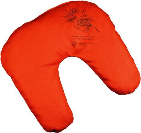 cuscino per cuscino per cervicale ciambella in cirmolo e di