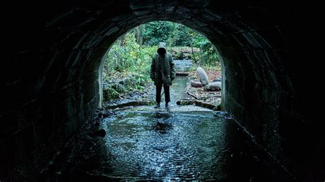 film ghost 2018 martin freeman stars in upcoming horror ghost stories