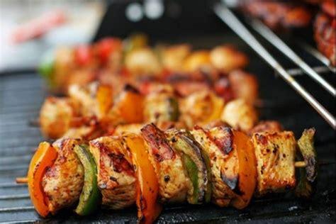 Poivron Grillé Recette by Recettes Brochette Porc Par L Atelier Des Chefs