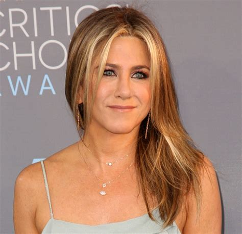 Aniston Is Pissed by Aniston Is Angry And Here S What She Has To Say
