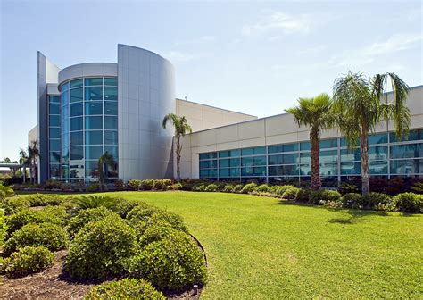 Proton Therapy Center by Proton Therapy Center Admiral Glass Company