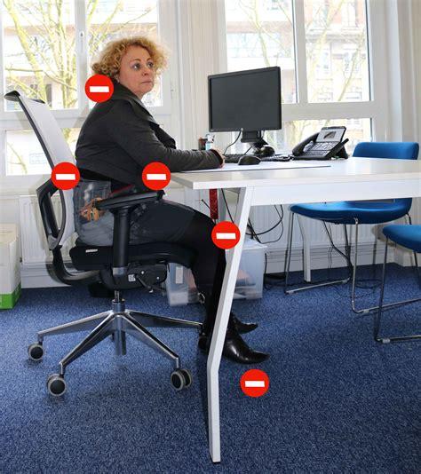 position assise bureau bonne posture au bureau 28 images adopter une bonne