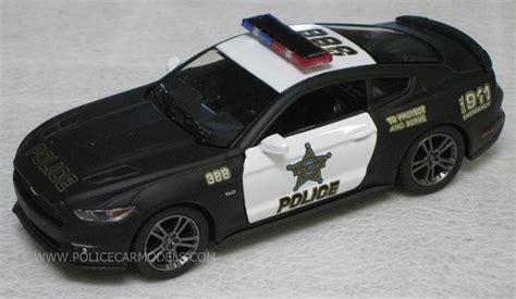 Diecast Kinsmart Ford Mustang Gt kinsmart 1 38 2015 ford mustang gt car