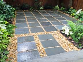 nyc backyard patio bluestone pavers shade garden river