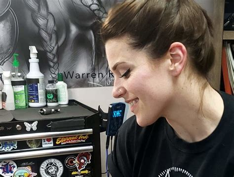 warren tattoo artist hits national stage  reality show