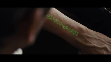 With the Deadline app, the Apple Watch can also count down ... In Time Movie Clock