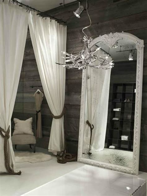 Clothes Changing Room by 25 Best Ideas About Boutique Store Design On