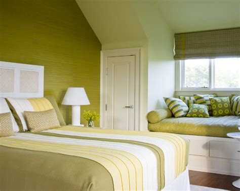 monochromatic bedroom monochromatic bright green bedroom beautiful homes design