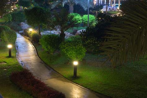 luces exterior jardin iluminaci 243 n para jardines de exterior
