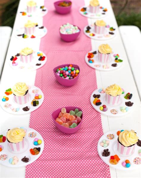cupcake themed decorations 25 best ideas about cupcake on cupcake