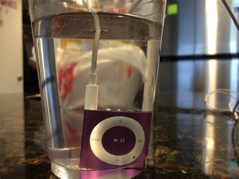 Ces Atlantic Waterproof Ipod by Review Underwater Audio Turns Your Ipod Shuffle Into A