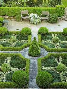 Formal Garden Designs - best 25 topiary garden ideas on pinterest topiary plants formal gardens and topiaries
