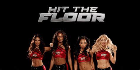 When The Hits The Floor by Biraz Da Parkelerin Tozunu Mu Atsak Hit The Floor