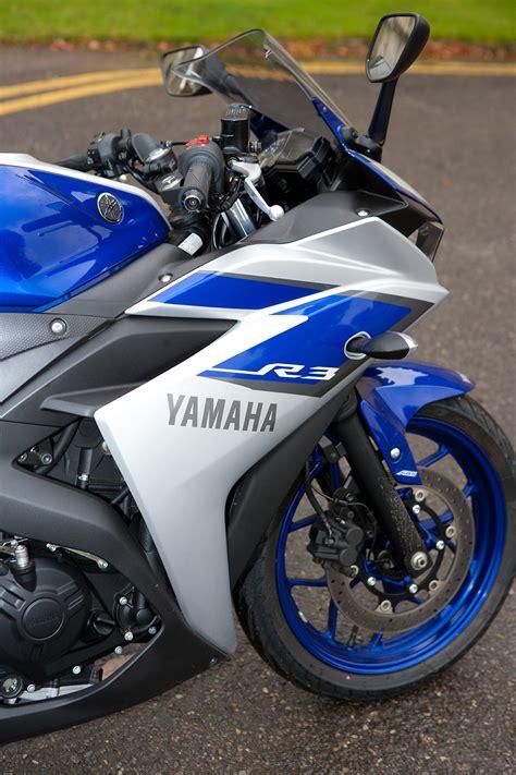 Ktm Vs Yamaha To Ktm Rc 390 Vs Yamaha R3 Re Visordown