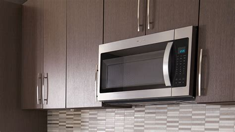 Whirlpool 1.9 cu. ft. Over the Range Microwave in