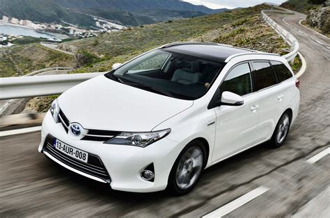 Toyota Auris Touring Sports Specs Revealed Autoevolution