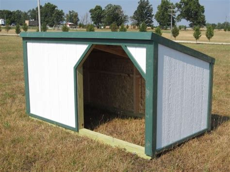 Do Pigs Shed by 25 Best Ideas About Pig Pen On Pig Farming