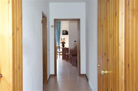 www il gabbiano it appartamento al lago trasimeno bilocale hotel il gabbiano