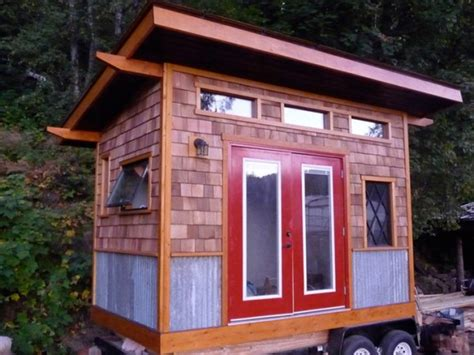 Small Houses With A Small Bunkie Bc Canada Nelson Bc Canada Tiny House On Wheels Builder Tiny