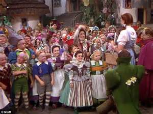 Welcome To Oz Dorothy by Ruth Duccini Is Guest Of Honour At Wizard Of Oz 3d