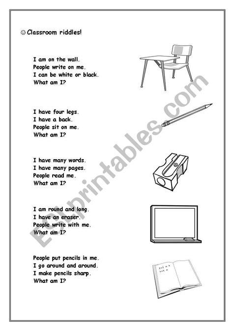 Classroom riddles: desk, pencil, charpener, blackboard