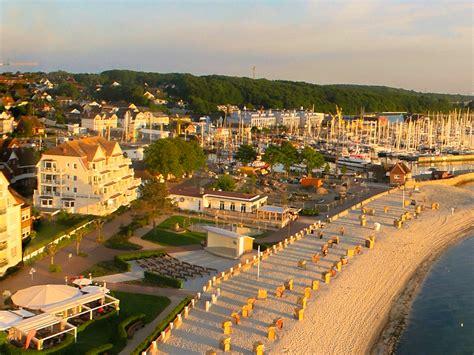 haus windjammer laboe ferienwohnungen in laboe direkt am strand