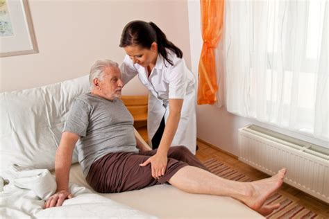 service at home the many advantages of nursing services at home