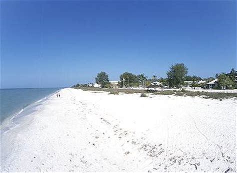 public boat r near honeymoon island the victoria affordable waterfront condominiums located