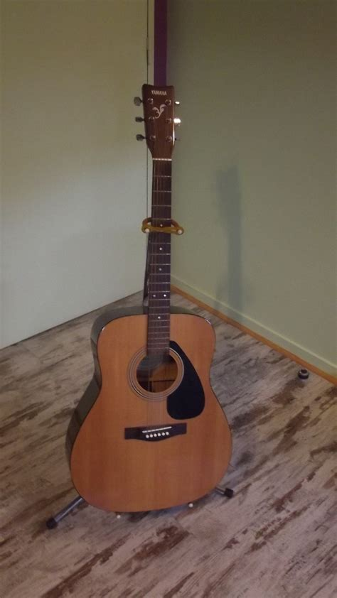 Yamaha Folk Guitar F 310 classical guitar yamaha f310 for sale