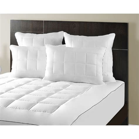 Luxury Luxe Pillows by 25 Best Ideas About Pillow Top Mattress On