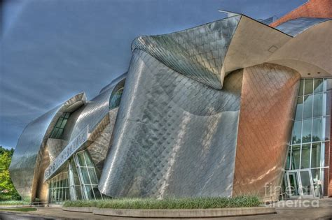 frank gehry at western u photograph by david bearden