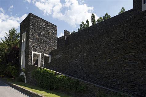 sanctuary vintage classics b00dsm5ark gallery of classic maritxell sanctuary ricardo bofill 2