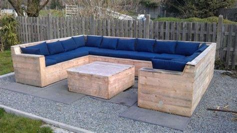 diy outdoor couch plans 15 diy outdoor pallet sofa ideas diy and crafts