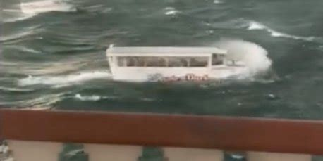 duck boat tours in branson missouri duck boat victims had bought tickets for a