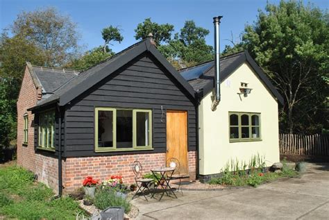 2 bedroom detached house for sale 2 bedroom detached house for sale in braiseworth suffolk