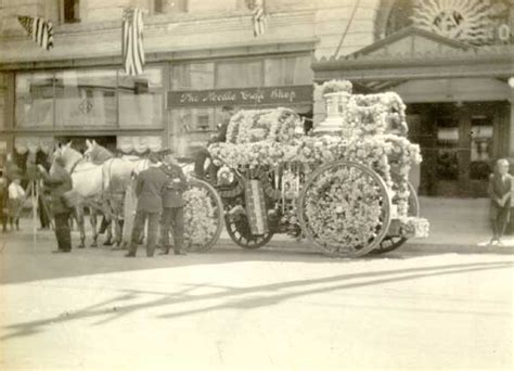 Portland Records Request Center 1908 Engine Decorated For Parade