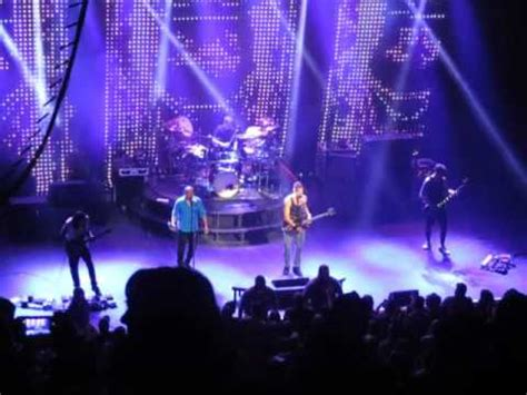review: 311 introduces new music in intimate show at the