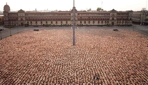 tunick en mexico performance on pinterest spencer tunick pina bausch and