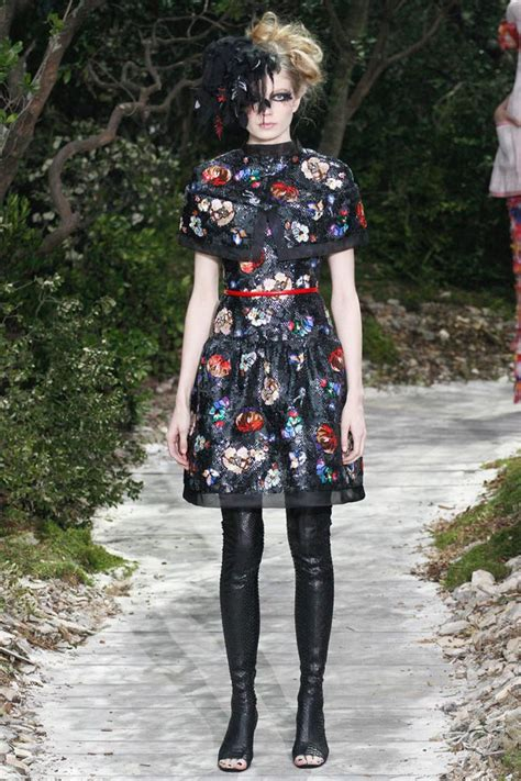 Frock Horror Oasis Tyre Print Dress by 5 Fashion Trends From Chanel Couture 2013