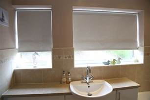 badezimmer rollos the best moisture resistant blinds for kitchens and