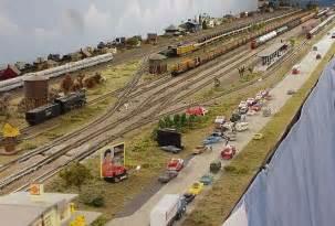 Model Railway Shelf Layout by Build Ho Shelf Layout Plans Diy Patio Table Plans Diy