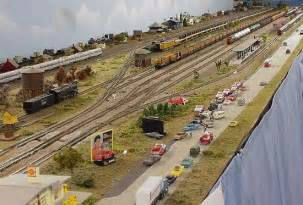 Model railroad n gauge track layouts ho train section layouts