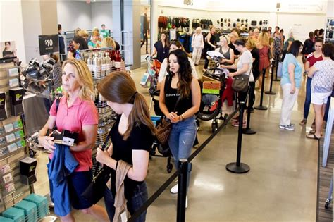 Pittsburgh Nordstrom Rack by Nordstrom Rack Opens At The Block Northway Pittsburgh