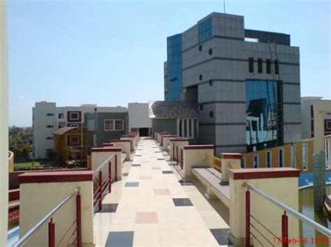 Mba Faculty In Bhubaneswar by Kalinga Institute Of Industrial Technology Bhubaneswar