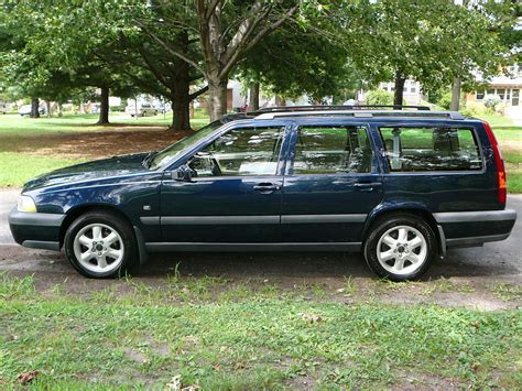 2000 volvo v70 pictures to pin on pinsdaddy 2000 volvo v70 information and photos momentcar