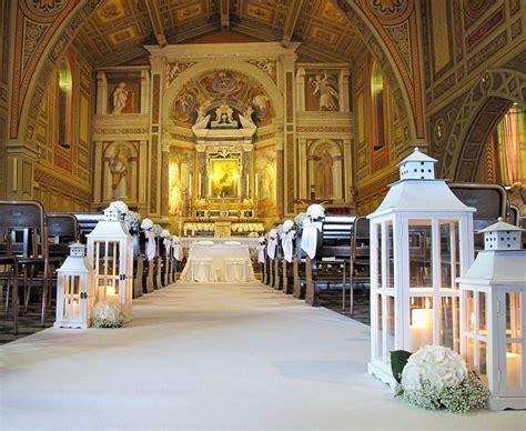 addobbi banchi chiesa matrimonio decorazioni matrimonio in chiesa foto design mag