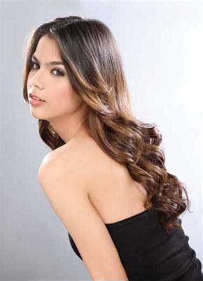 contoh model gaya rambut panjang wanita berita terkini
